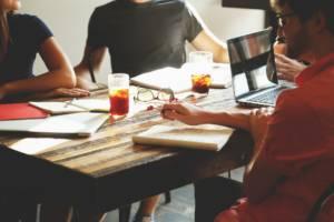 Travailleurs en espace de Coworking